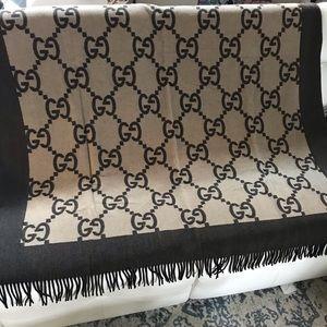 Gucci wool Blanket